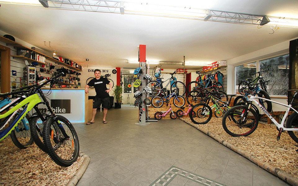m2 bike shop